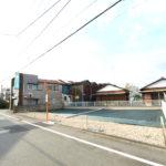 拝島駅まで徒歩9分 南道路の整形地 条件無し売地 全2区画 1号棟